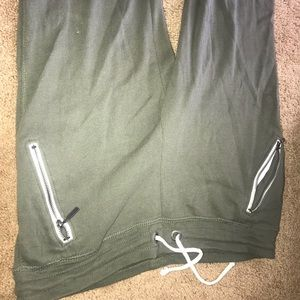 Green sweatpants with white detailing Aeropostale